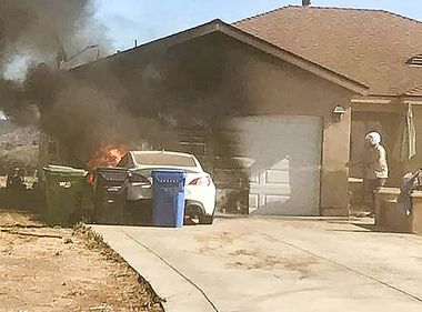 SCE Pilot, Patrolman Team Up to Extinguish Car Fire in Moorpark