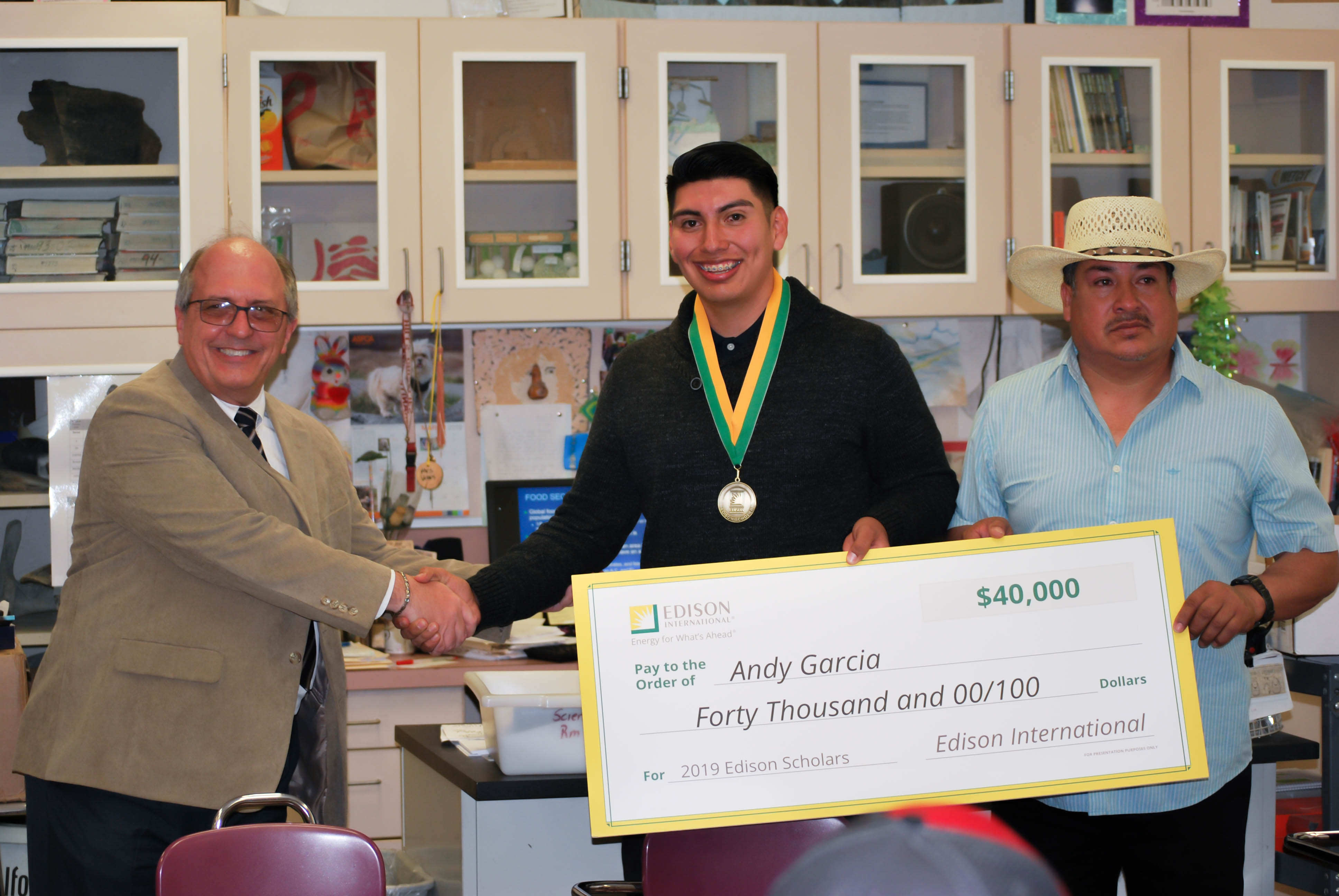 2019 Edison Scholar Andy Garcia at Granite Hills High School