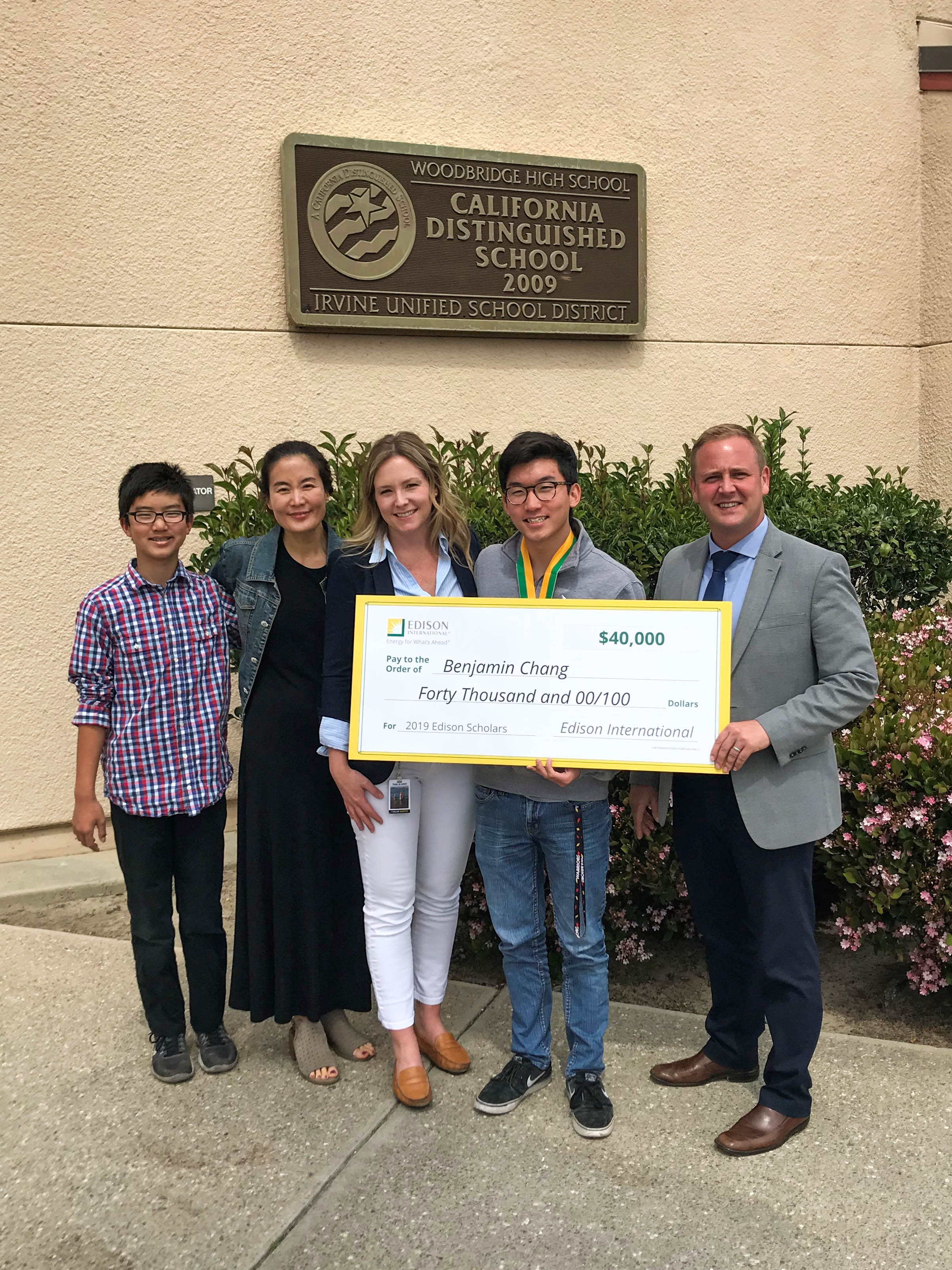 2019 Edison Scholar Benjamin Chang at Woodbridge High School