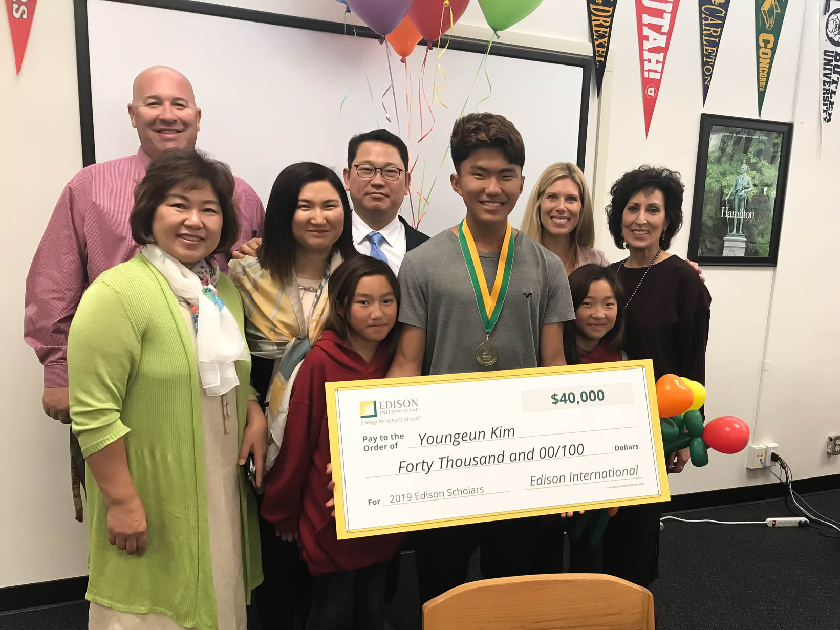 2019 Edison Scholar Youngeun Kim at Palos Verdes High School
