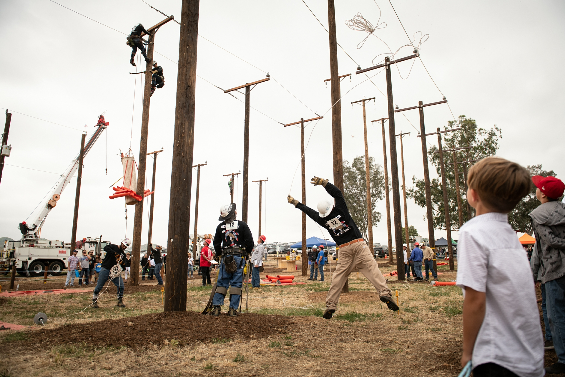SCE Lineman's Rodeo and Picnic brought together 27 teams, 39 apprentices and nine groundmen to the event in Chino.