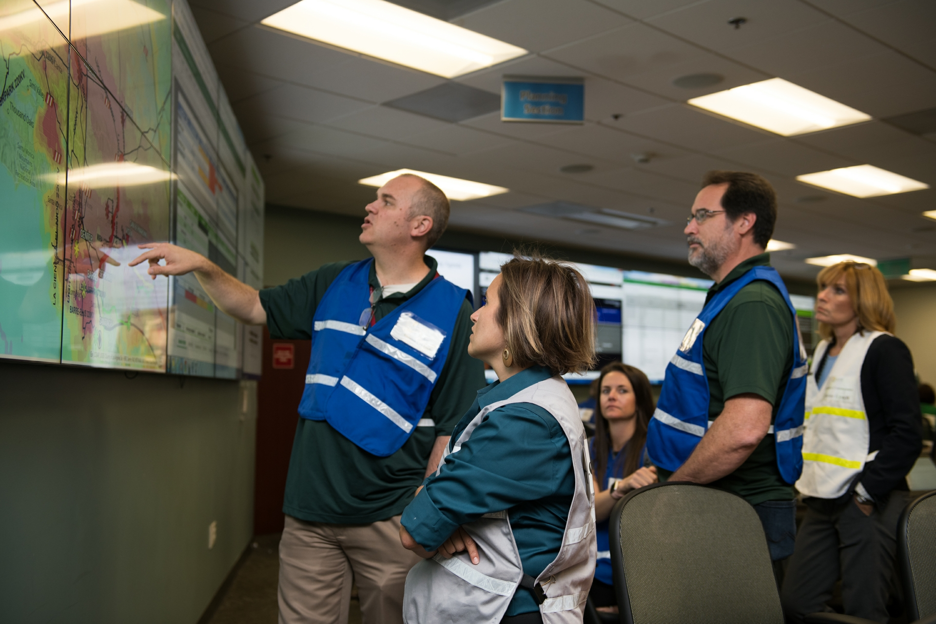 SCE teams work together to respond to simulated scenarios that could impact the region following a devastating 7.8 earthquake.