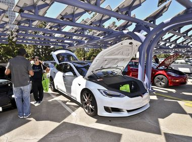 Drivers Can Test Latest EVs at Charge Up LA!