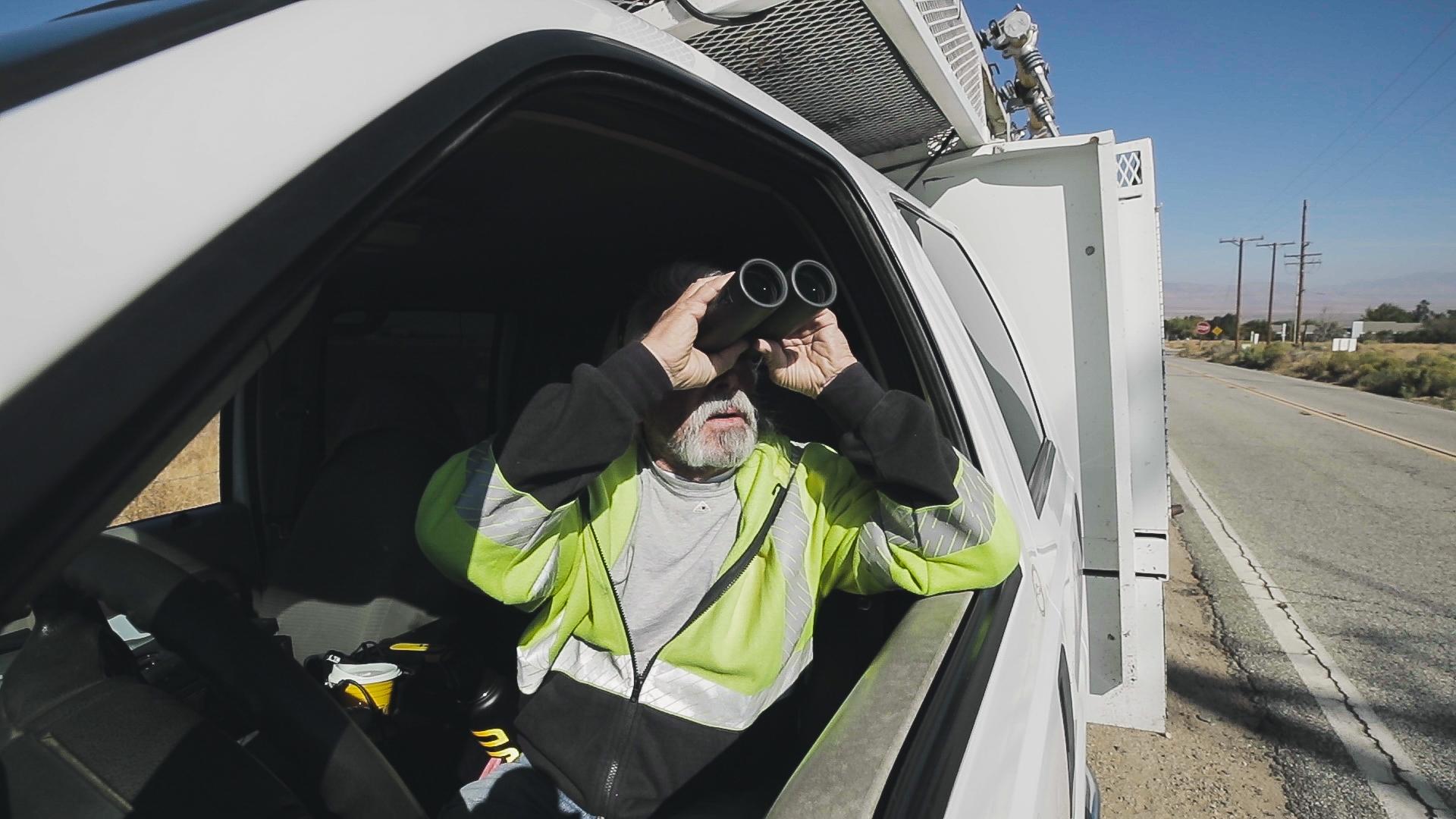 An SCE lineman patrols power lines in Lancaster.