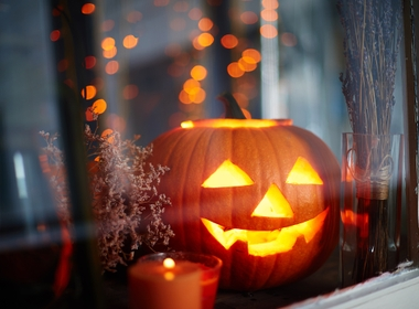 Lights and Lanterns: Safest Ways to Avoid Halloween Hazards