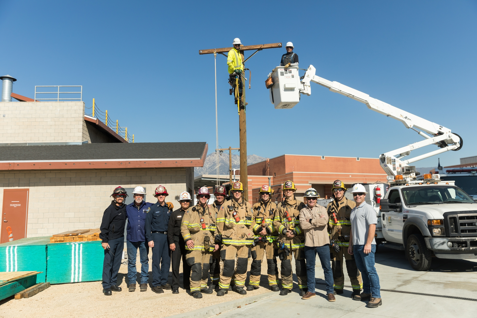 Rancho Cucamonga firefighters with SCE linemen and fire management officers at the All Risk Training Center.
