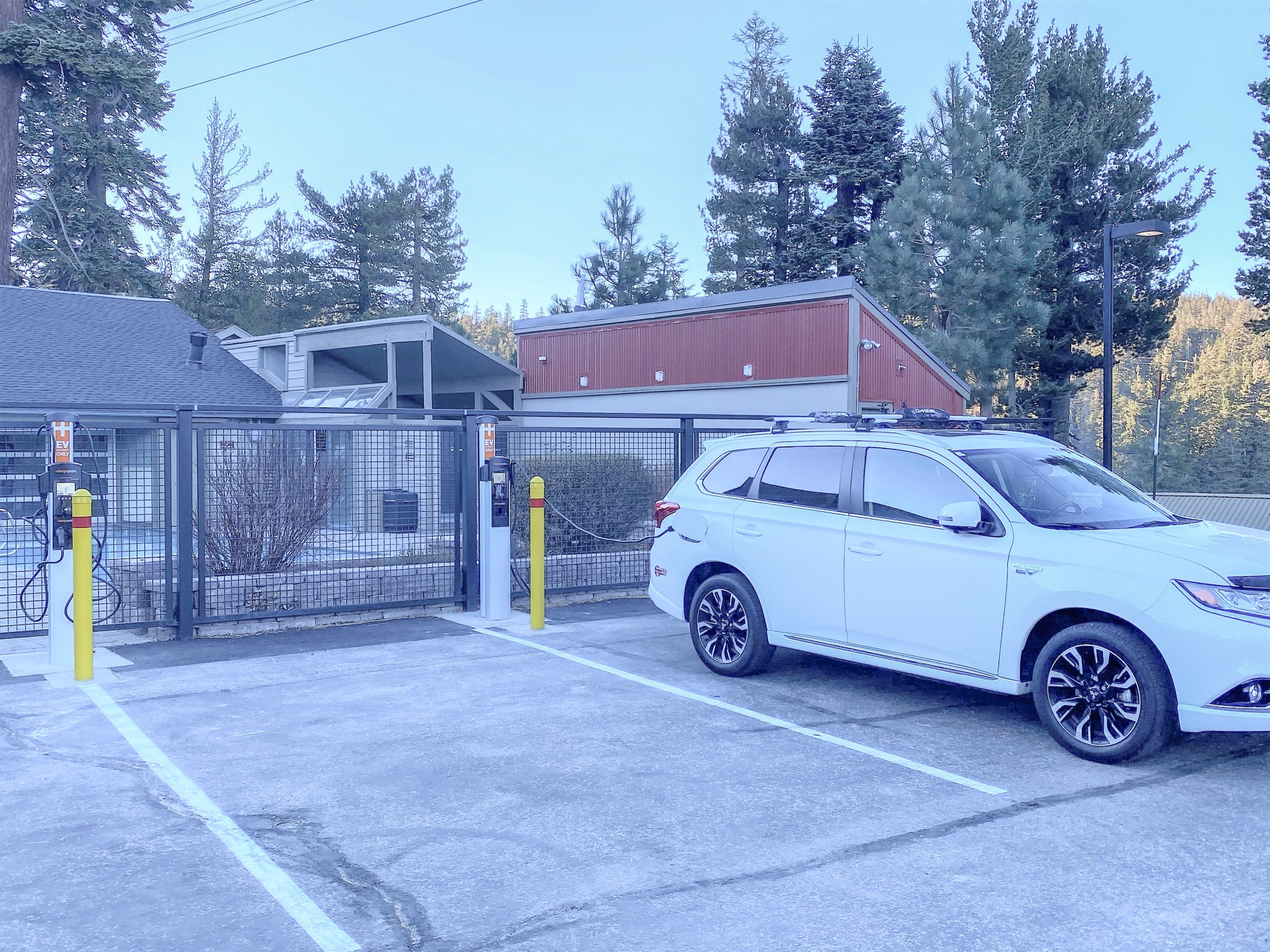 Though SCE's Charge Ready program, five Level 2 charging stations that can be used with most EVS, were installed at the 1849 Condos.