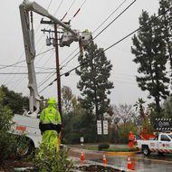 SCE crews make repairs during a previous rainstorm.