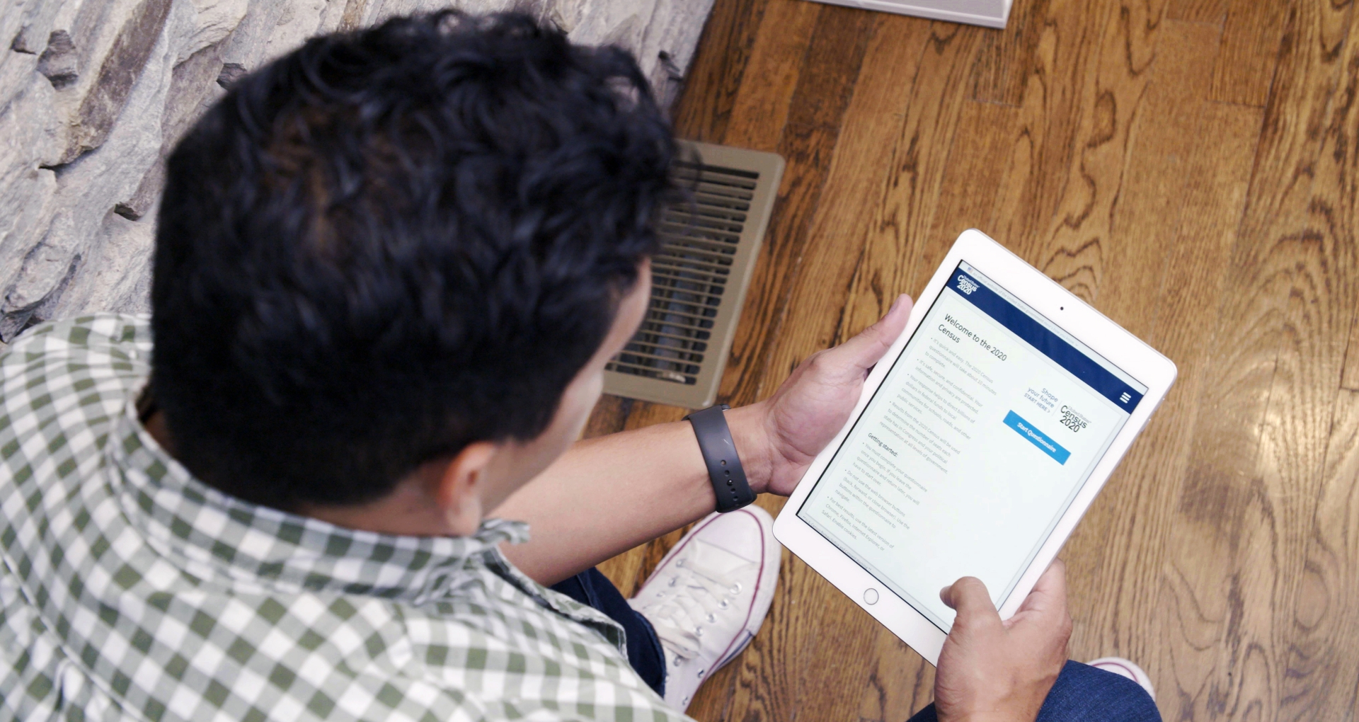 SCE encourages everyone to fill out the census form online, by phone or by completing the mailer at home.