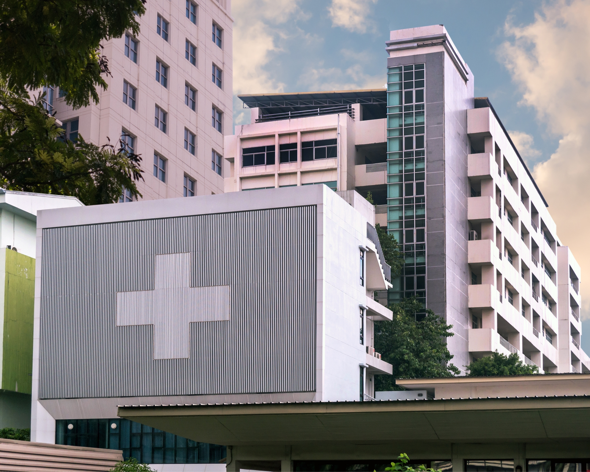 Hospitals are ready to deploy backup power and, in some cases, SCE is also working to shift some of the facilities to less vulnerable circuits to help avoid possible shutoffs.