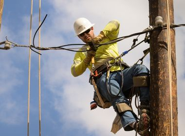 SCE Honors Its Lineworkers