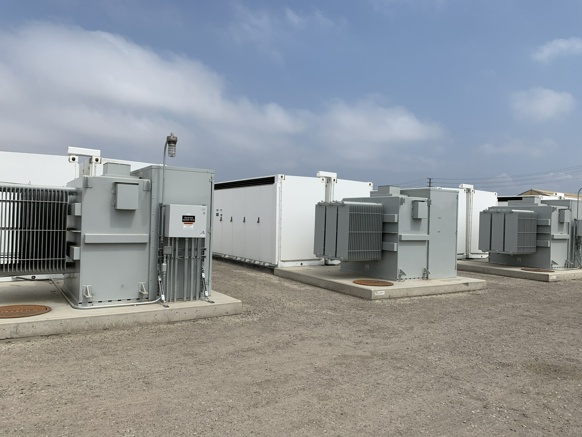 The 100-megawatt, 400-megawatt hour battery system is capable of powering all of Ventura County for up to 30 minutes.