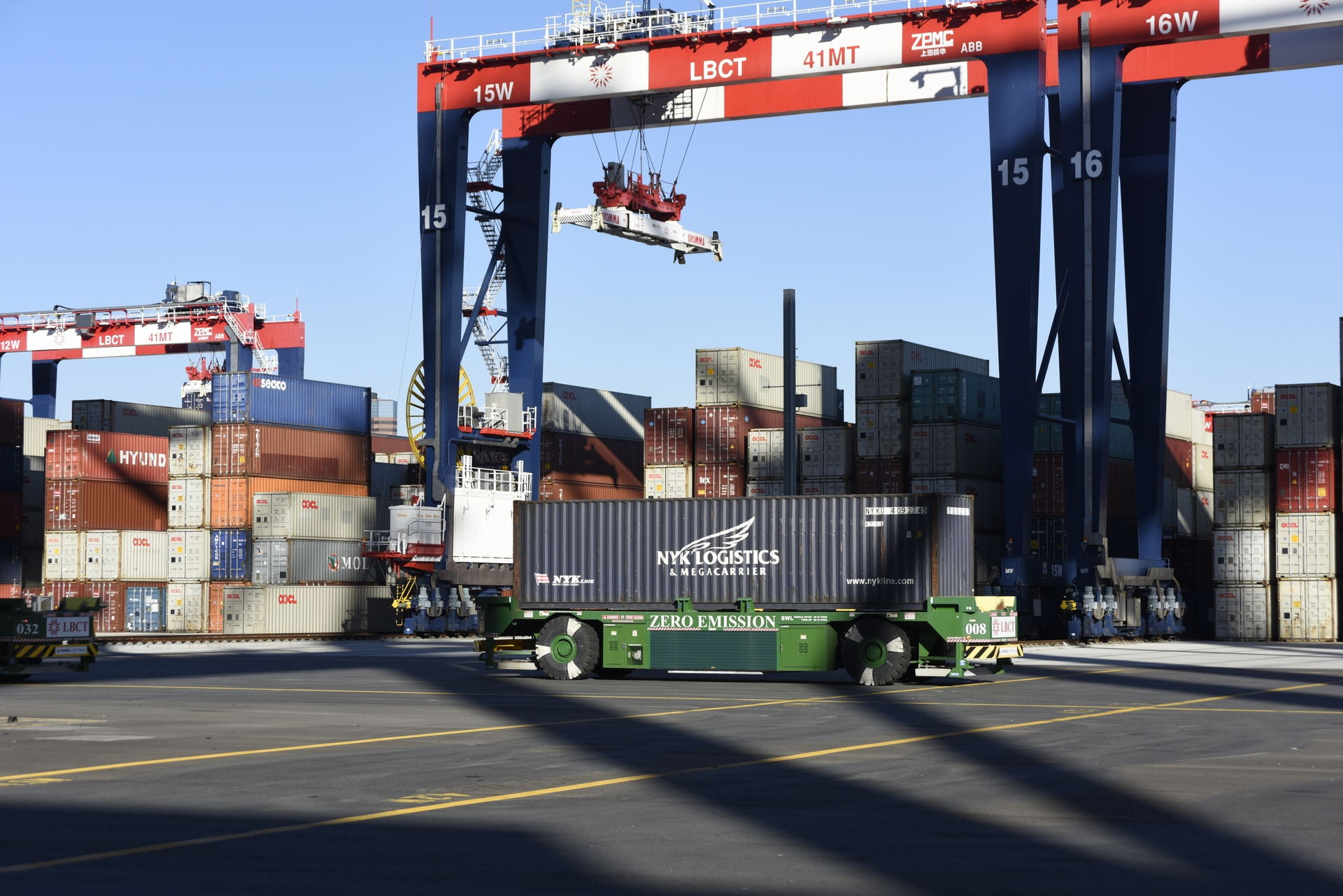 SCE undertook a four-year effort to install the needed electrical infrastructure that now serves as the backbone of the fully electrified, emission-free Long Beach Container Terminal.
