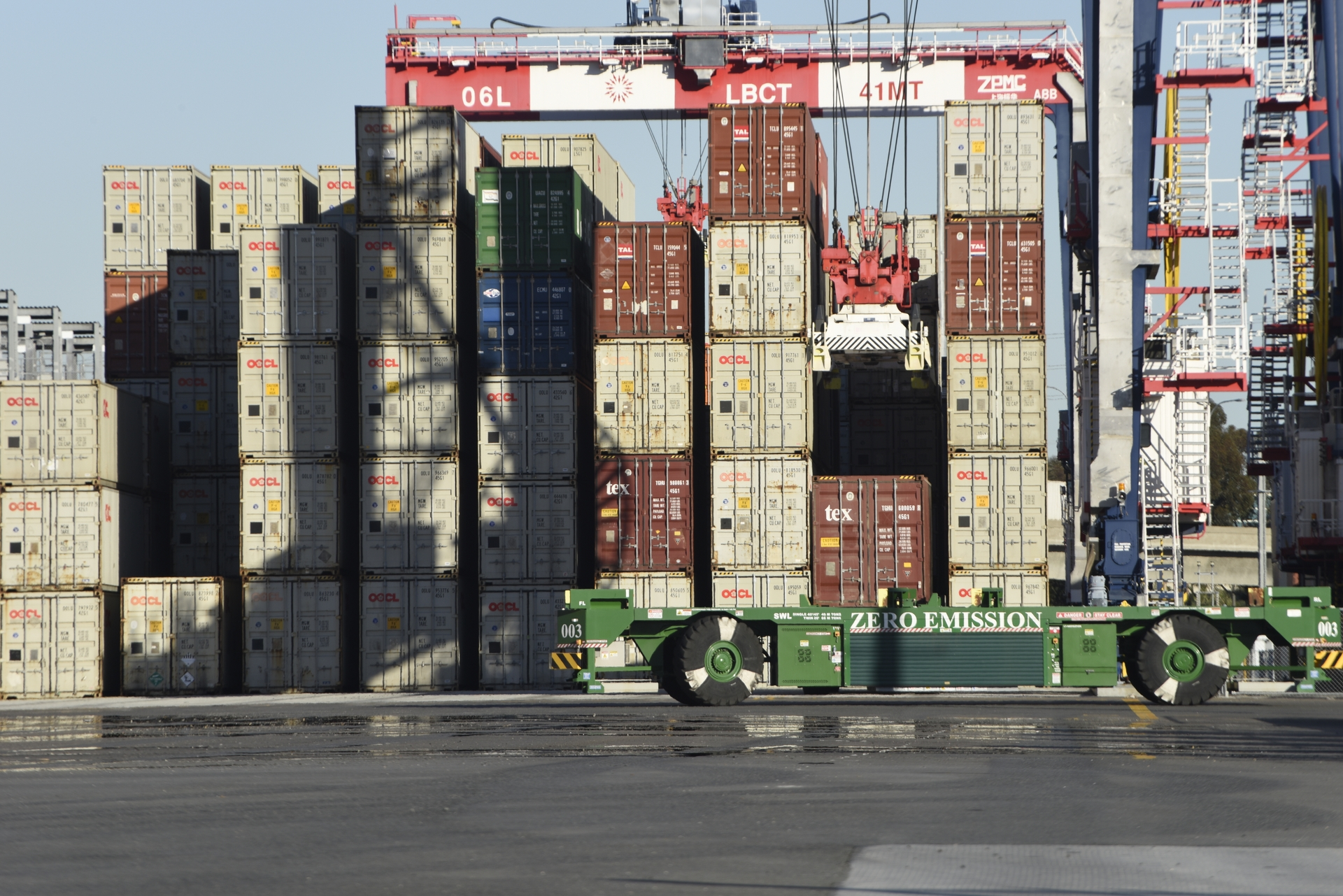 To accommodate electrification of the Long Beach Container Terminal, SCE installed a dedicated substation and miles of electrical cable.