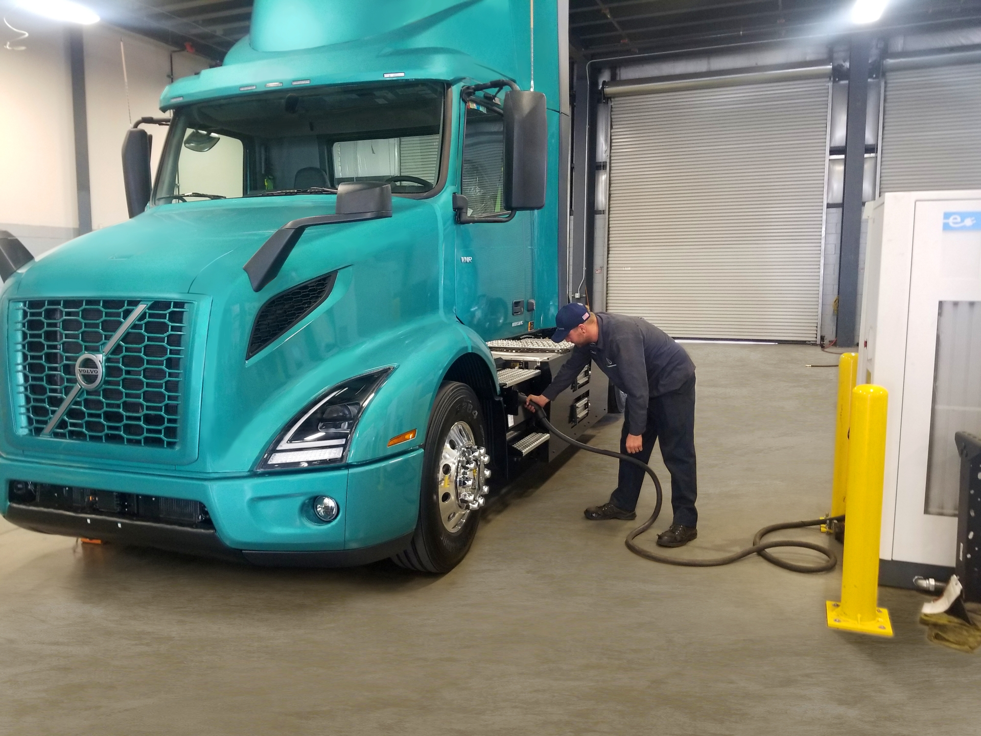 Twenty plug-in electric trucks from Volvo will be part of the program.
