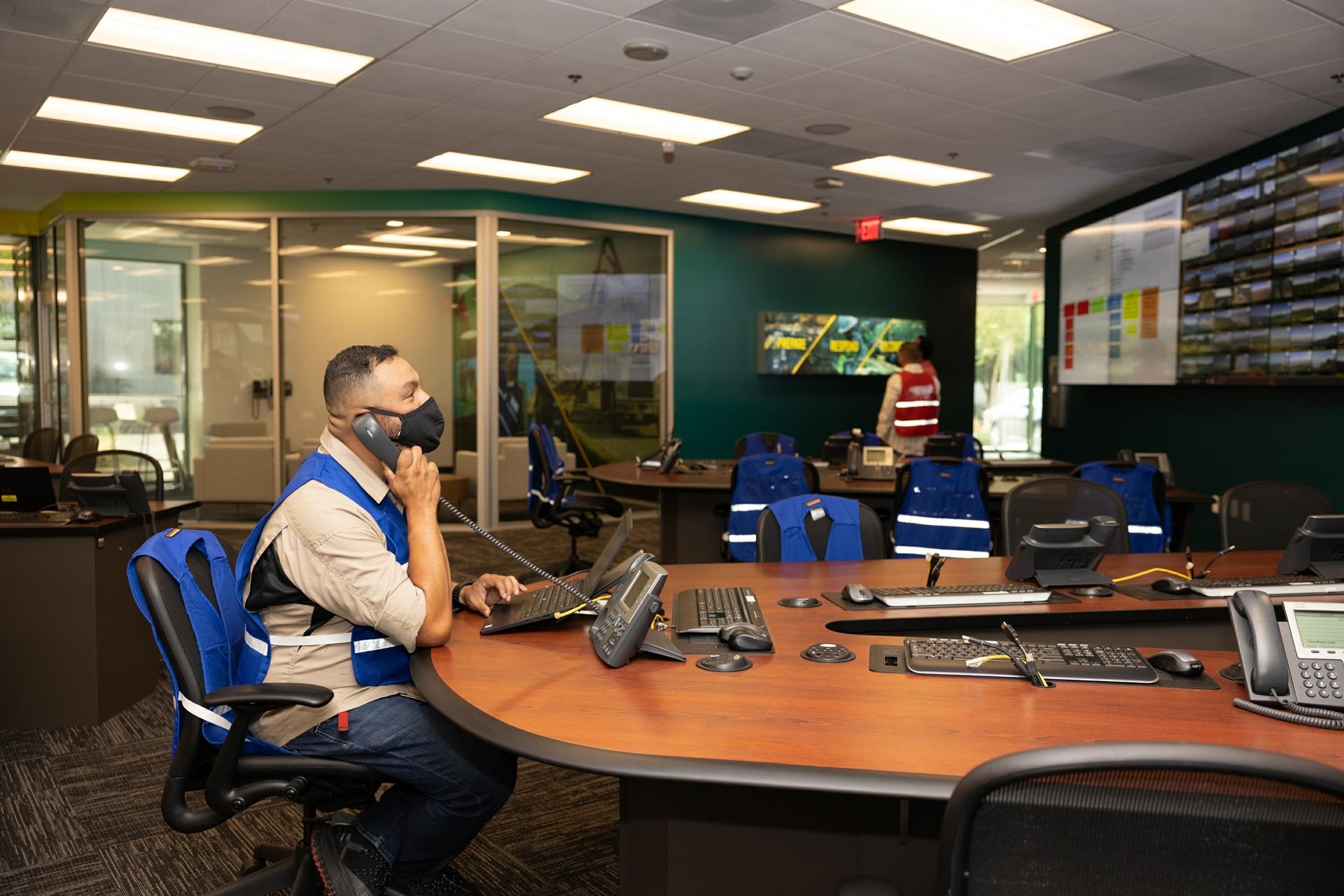 Pedro Ruiz, SCE Business Resiliency advisor, monitors a screen for information.