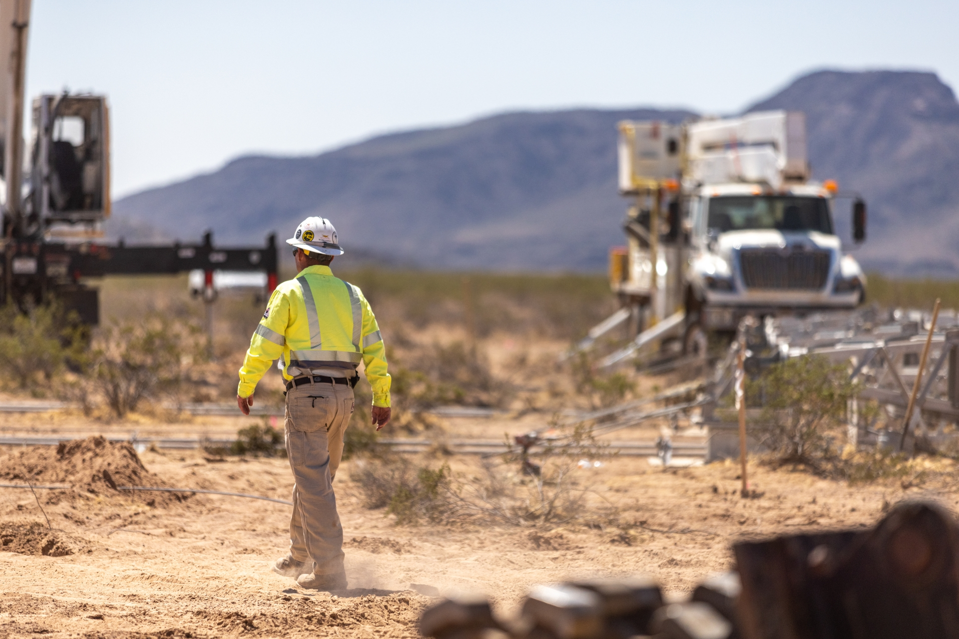 An SCE crew member approaching the temporarily disabled Colorado River/Palo Verde transmission line.