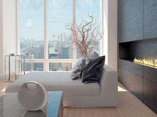 HK_Onyxstudio5_Wirelessdualsound_lifestylef03