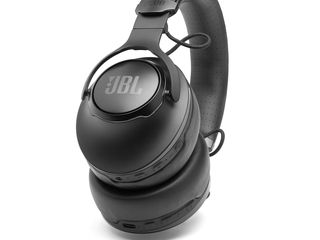 JBL_CLUB_950NC_Product Photo_HERO_02