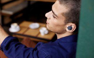 JBL® expande linha de fones de ouvido True Wireless, criada para todas as aventuras e estilos de vida