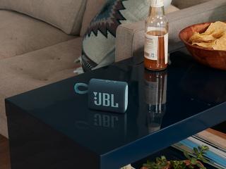 JBL Go 3 Living Room