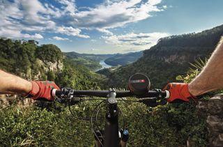 JBL Wind 2 traz potência e versatilidade para os aventureiros