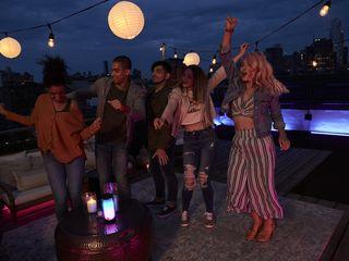 JBL Pulse 4 Rooftop Dancing 17