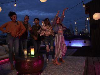 JBL Pulse 4 Rooftop Dancing 18