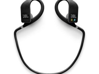JBL-Endurance-Dive_Alt2_Black-1605x1605px