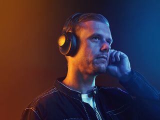 JBL-Armin1
