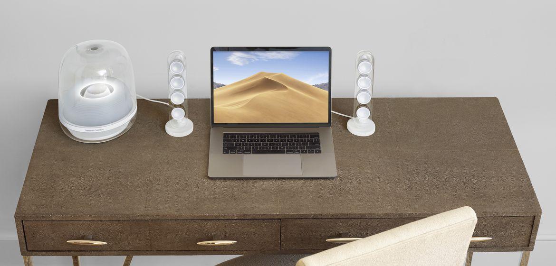 HK_SoundStick_Desk_Angle3_006_x5
