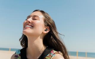JBL Live Free NC+TWS: som impecável com cancelamento de ruído ativo