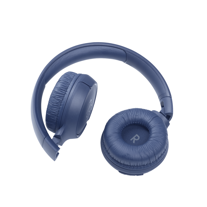 JBL_TUNE_510BT_Product Image_Cushion_Blue