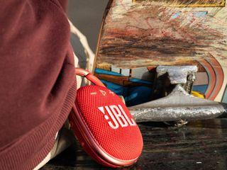 EMEA_Clip4_Socials Shoot_JBL_SKATE_6