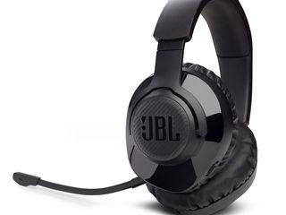 4. JBL_Quantum 350 Wireless_Product Image_Hero