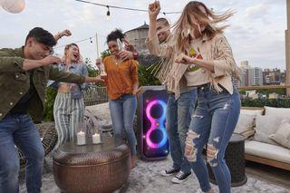 Harman Explore: JBL® PartyBox 710 e PartyBox 110 chegam para alegrar as festas