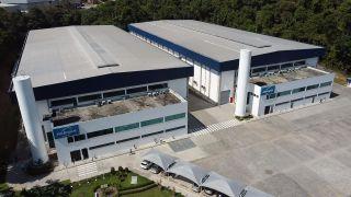 Harman amplia investimentos no Brasil e inicia a primeira produção nacional da JBL PartyBox 100 na unidade industrial de Manaus