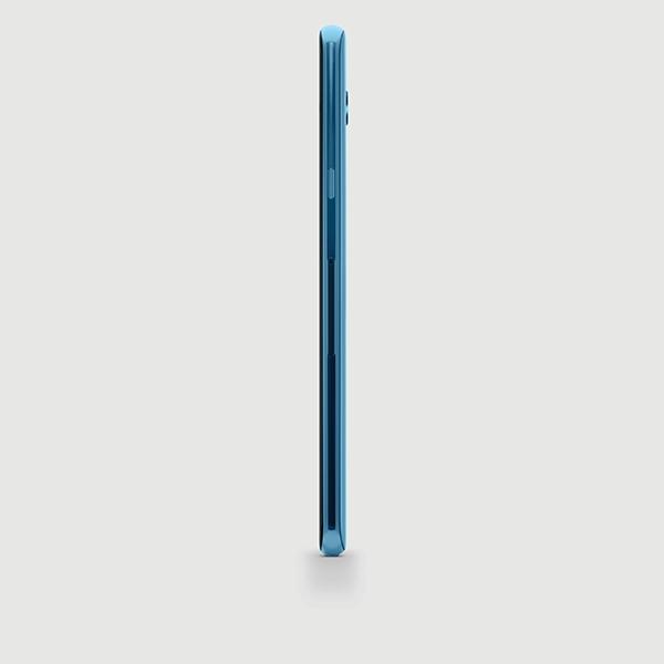 LG V40 in blue (right)