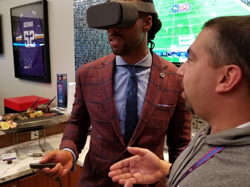 NFL's Larry Fitzgerald tries VR over 5G