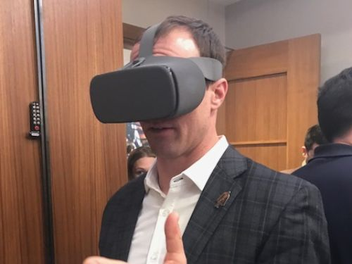 NFL's Drew Brees tries VR over 5G at The Big Game in 2018
