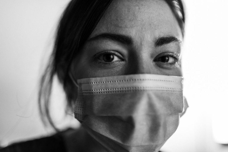 """""""Tough"""", la nueva campaña publicitaria de Blue Shield of California rinde homenaje a los trabajadores en la primera línea de defensa contra el COVID-19."""