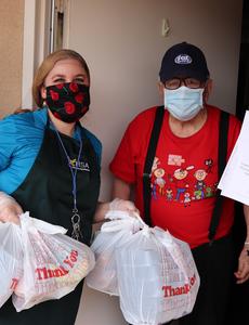 Blue Shield of California Promise Health Plan dona  $100,000 en fondos que se destinarán a la alimentación de los habitantes del sur de California durante la pandemia de COVID-19.
