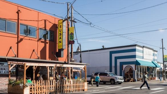 Montavilla Neighborhood Guide