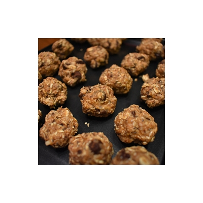 Peanut Butter Choco Chip Energy Balls