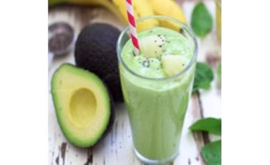 ckblg-avocadopineapplesmoothie