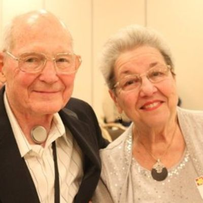 Vocal Cord Cancer Survivor Receives Recognition for Supporting Other Survivors