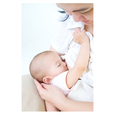 Breastfeeding Benefits Both Babies and Moms