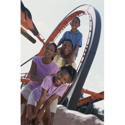 5 Tips for Safe Summer Theme-Park Thrills