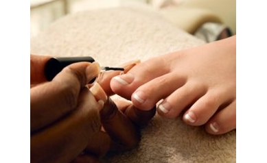 Prepping for a Pedicure? Tap These Tips for Safety