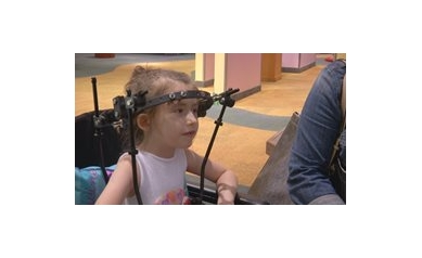 For scoliosis patient, new growing rod means fewer surgeries